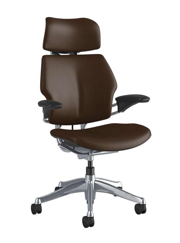 Humanscale Freedom Chair F213A zijaanzicht bruin leder TL22C   www.bureaustoel.nl