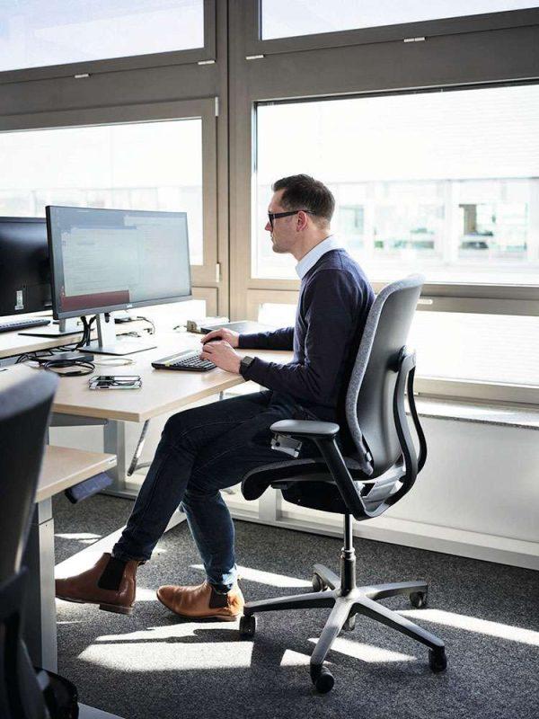 wilkhahn-at-esp-bureaustoel-zwart-hoge-zithoogte | www.bureaustoel.nl
