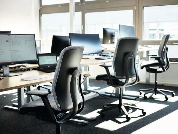 wilkhahn-at-esp-bureaustoel-zwart-hoogte-variatie | www.bureaustoel.nl